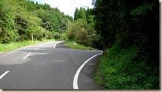 池田湖1周サイクリング・ルート松ヶ窪バス停脇道へ